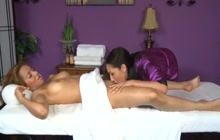 Kinky massage ends up with a lesbian fuck
