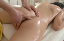 Massage with a cumshot